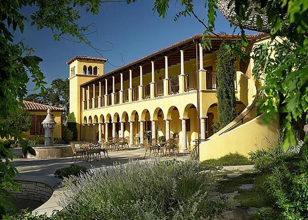 Projects eda design professionals for Villas toscana